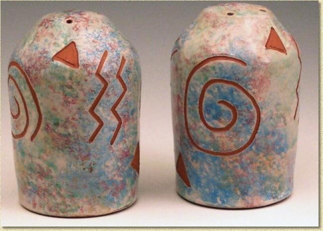 Kiote clay pottery